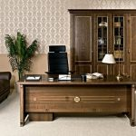 Офисная итальянская мебель - престижно и долговечно.