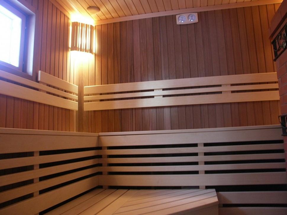 Канадский кедр для облицовки бани: причины выбора этого дерева