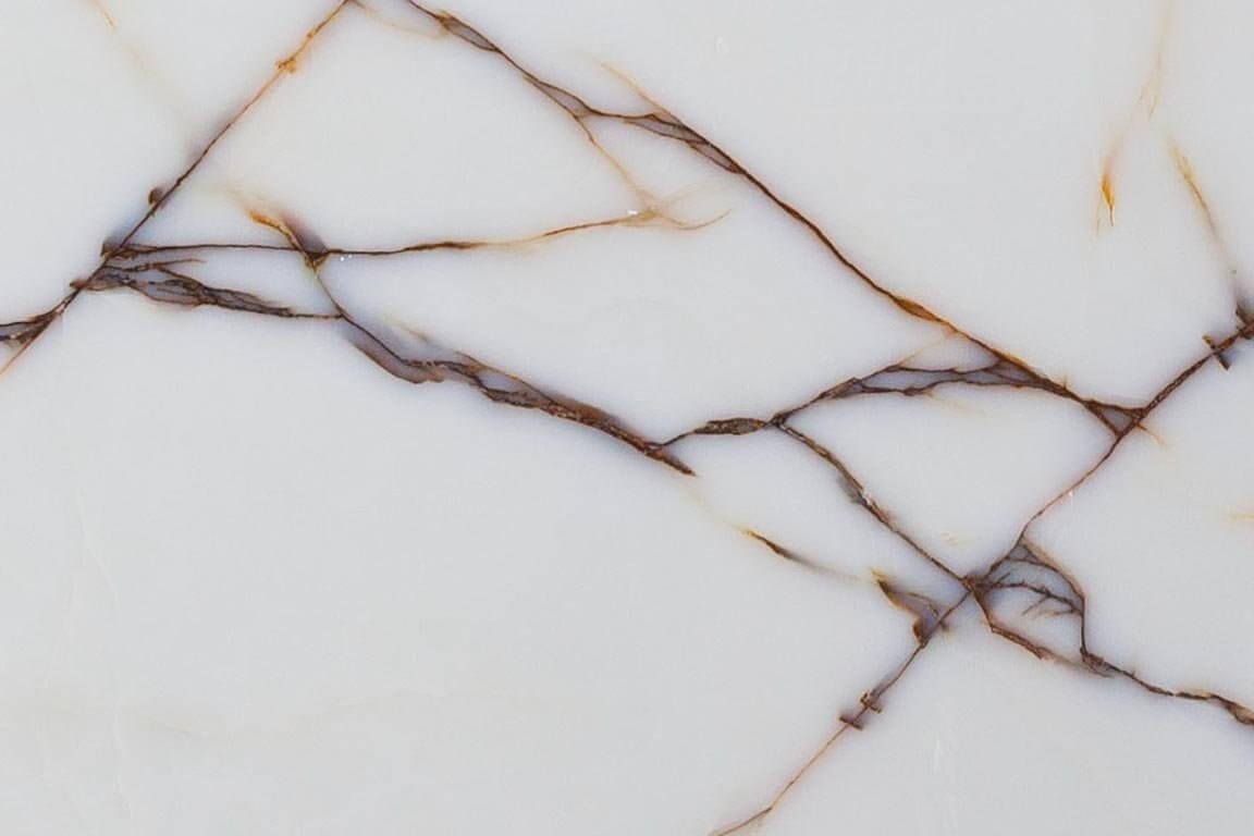 Оникс – изделия компании «Лига камня»